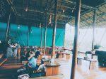 Ở Koh Rong có nhiều quán cà phê không gian thư giãn lắm.