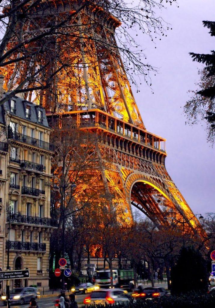 27facca86db5f757ce1e3d0e0e68f021--cheap-international-flights-parisa