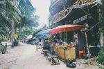 Rất thích phong cách hàng quán trên đảo Koh Rong.